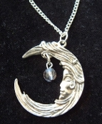 LUNAR GODDESS PENDANT NECKLACE - Vintage Crescent Moon Jewelry
