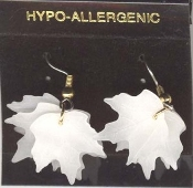 MAPLE LEAF LEAVES EARRINGS - Winter Christmas Tree Snowy Frosted WHITE