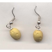Miniature POTATO SPUDS EARRINGS - Tiny Mini 3-d Idaho Baked Taters Garden Tubers Potatoes Spuds Jewelry - Funny Dan Quayle spelling error - POTATOE