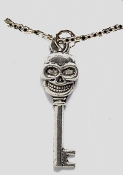 SKELETON KEY PENDANT NECKLACE - Gothic Steampunk Cosplay Jewelry